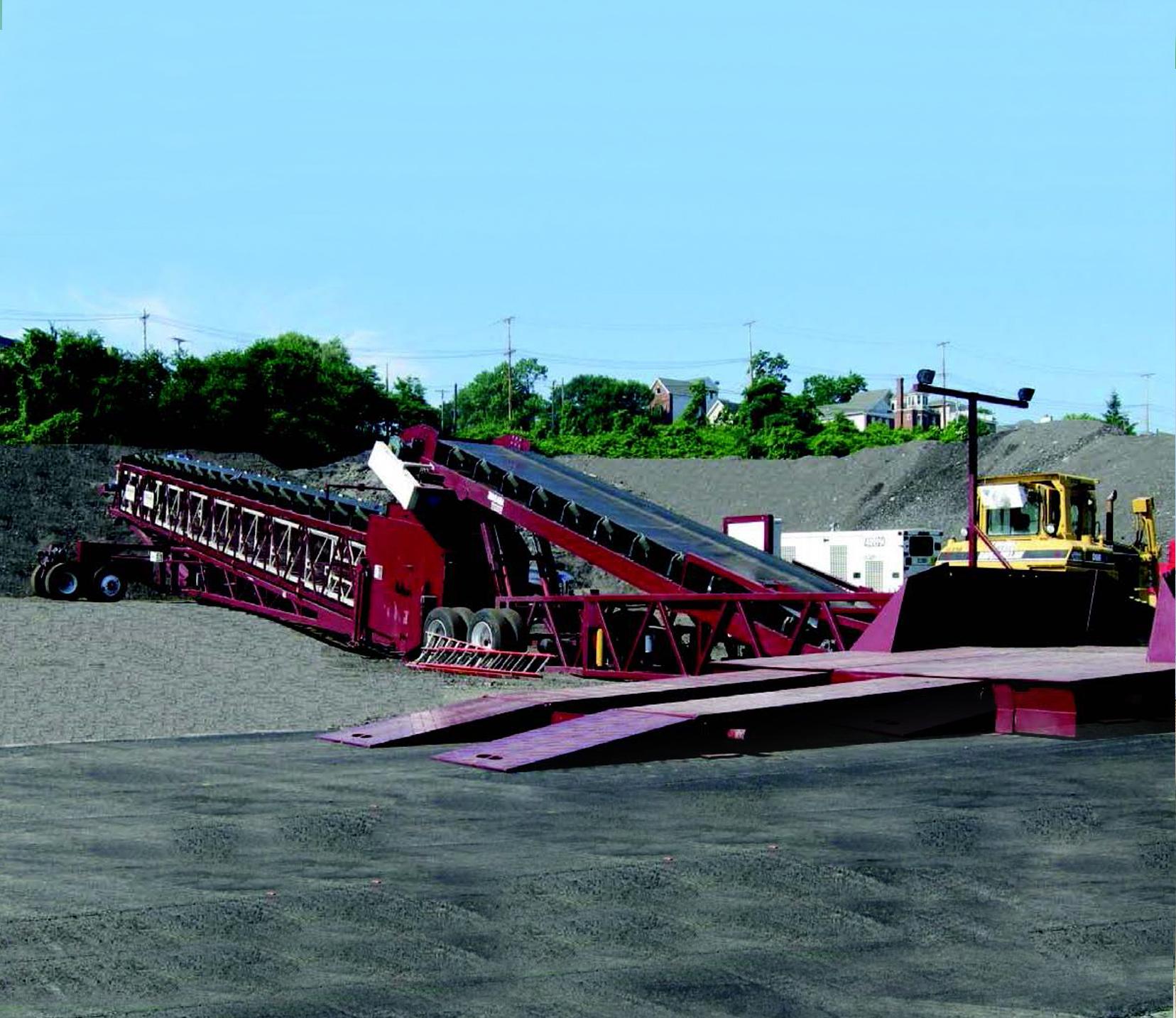 descarga-de-camiones-manejo-y-transporte-de-material